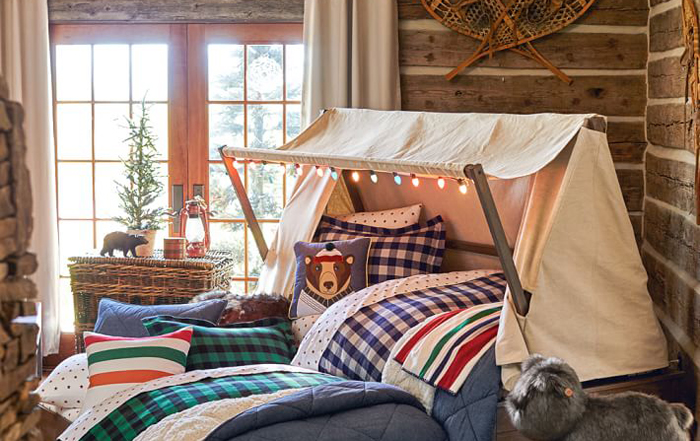 Log Cabin Theme Bedrooms