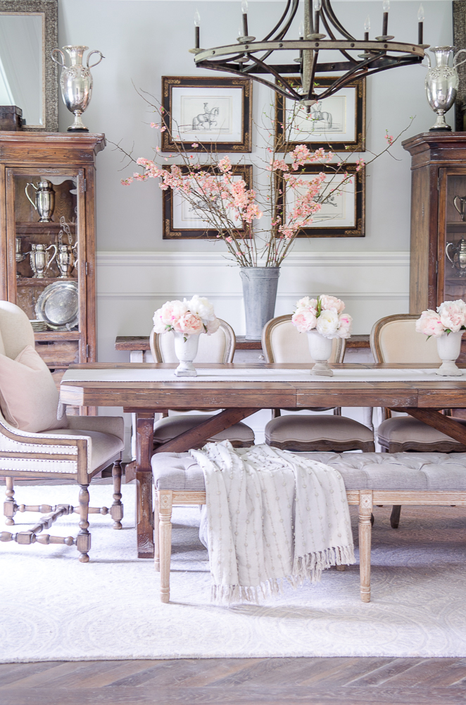 Rustic Spring Dining Room | Sanctuary Home Decor