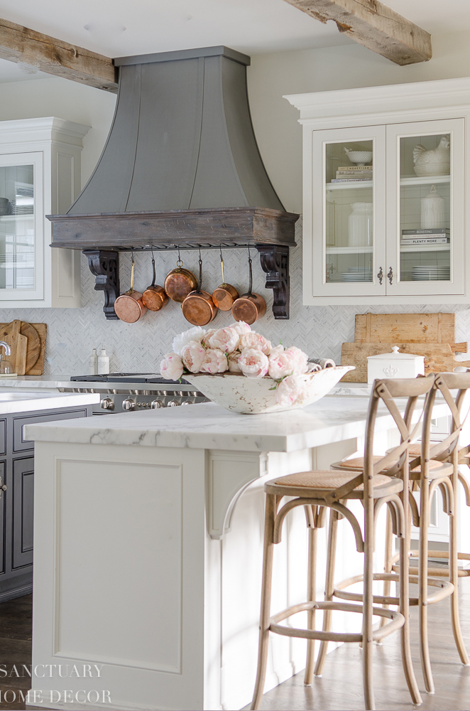 Rustic Spring Kitchen | Sanctuary Home Decor