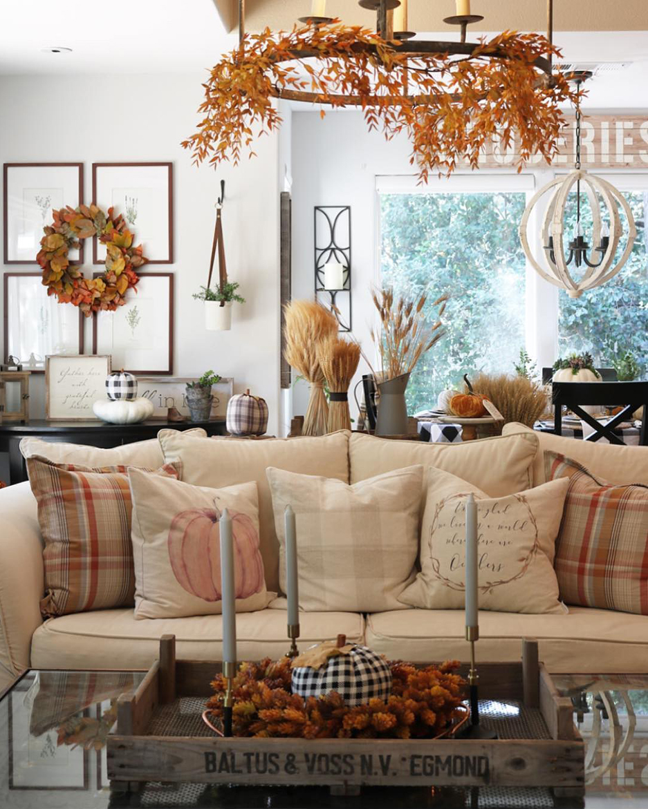 Fall Throw Pillows | Decorating for Fall