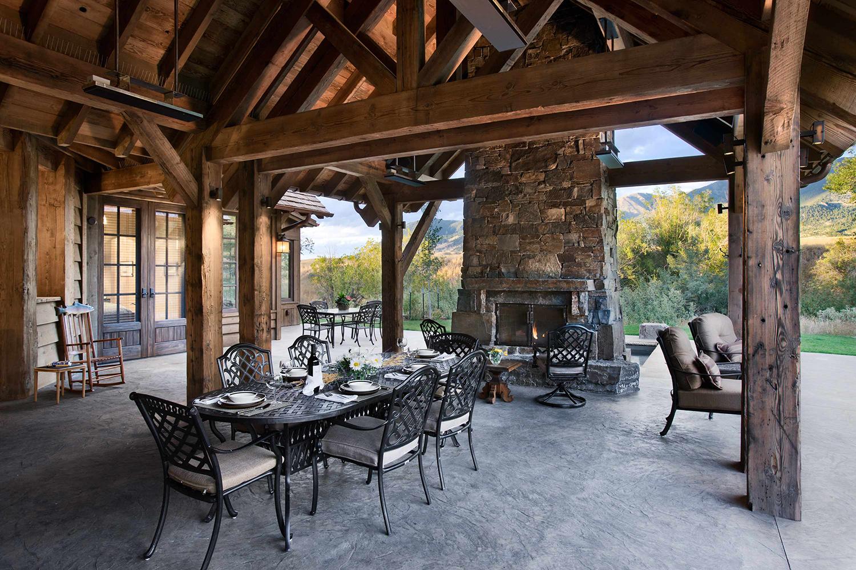 Rustic Homes Outdoor Entertaining   Locati Design