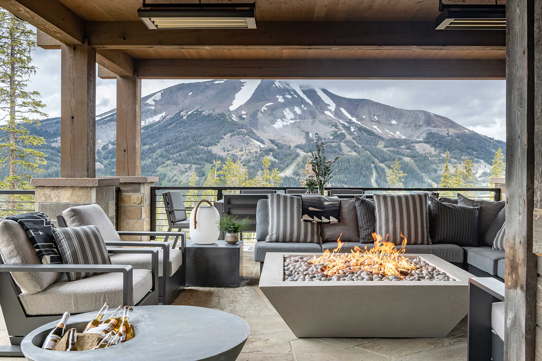 Cozy Rustic Outdoor Ideas | Locati Architects