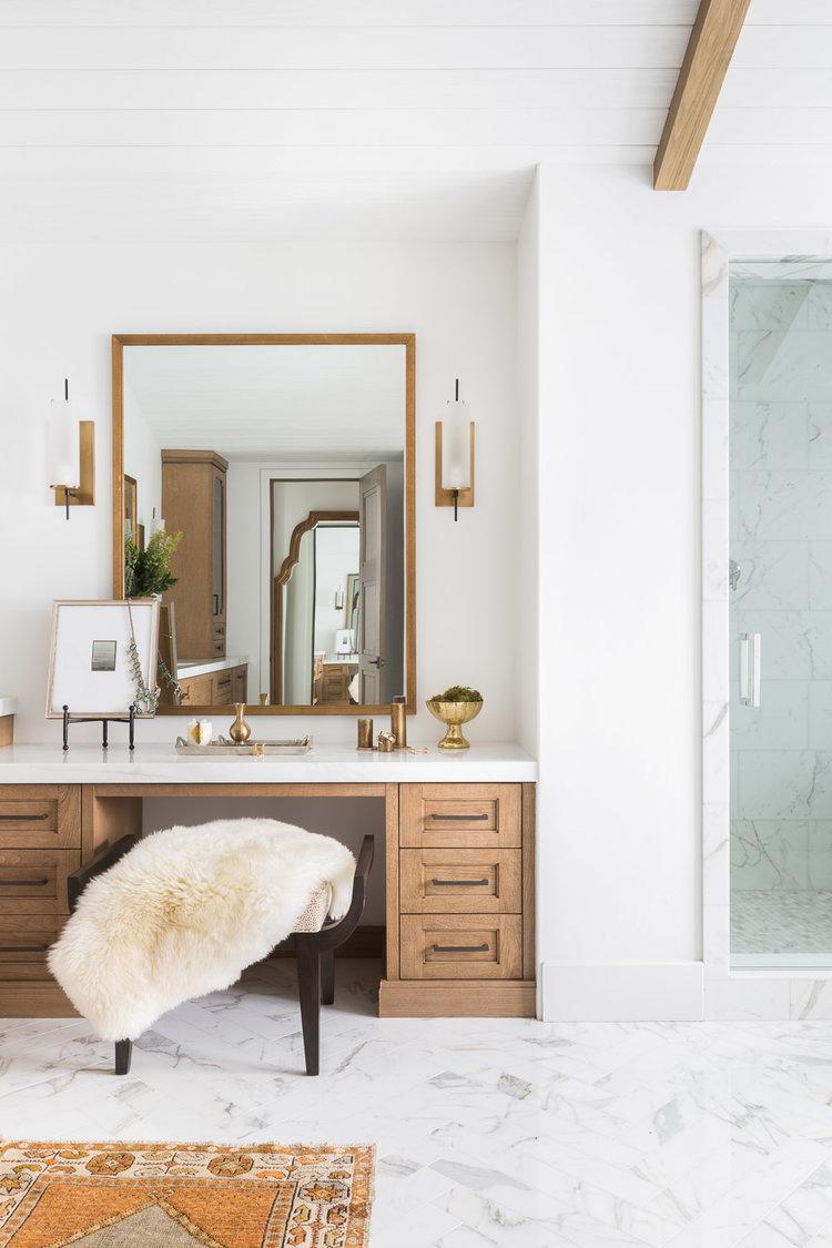 Modern Mountain Home Bathroom