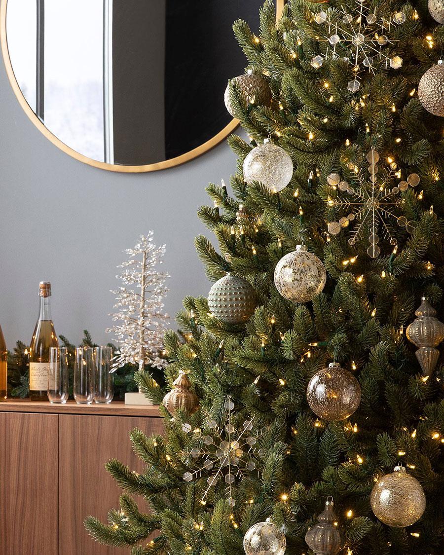 Christmas Tree Ideas   Burnished Metal Christmas Tree