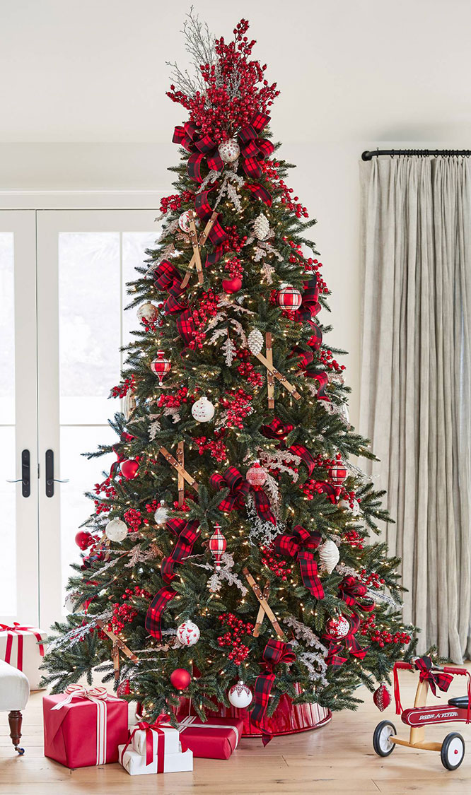 Christmas Tree Decorating Ideas: Nordic Tree
