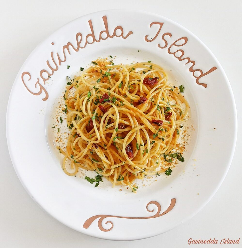 Spaghetti pomodori secchi e bottarga