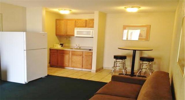 America's Best Inn and Suites Emporia, Kansas