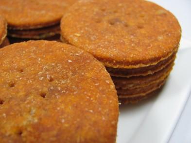 cheesy tomato dog treat/biscuit recipe