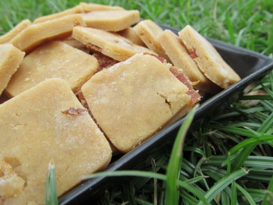 (Gluten-Free) Peanut Butter Bacon Dog Treat/Biscuit Recipe