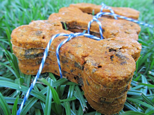 (wheat and gluten-free) tomato liver dog treat/biscuit recipe