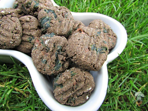 (grain, gluten and wheat-free) ham & kale dog treat/biscuit recipe