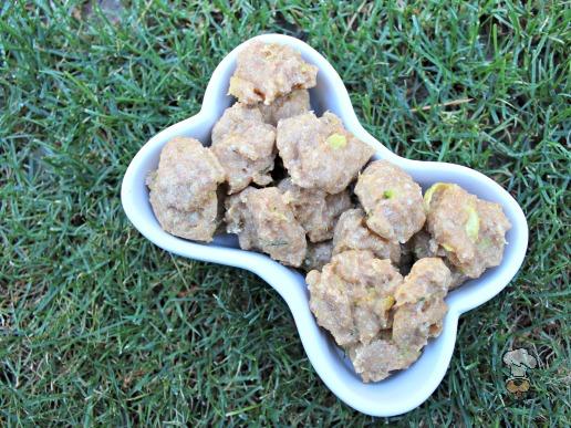 (wheat-free) zucchini basil parmesan dog treat biscuit recipe