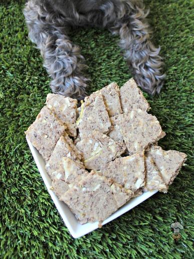 (gluten and wheat-free) apple cheddar beef dog treat recipe
