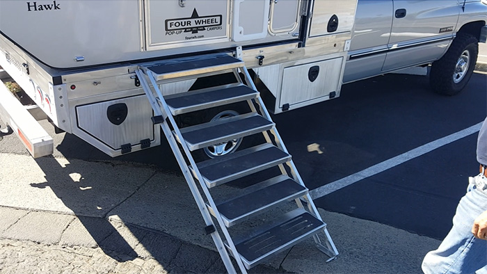custom slide-out aluminum camper stairs