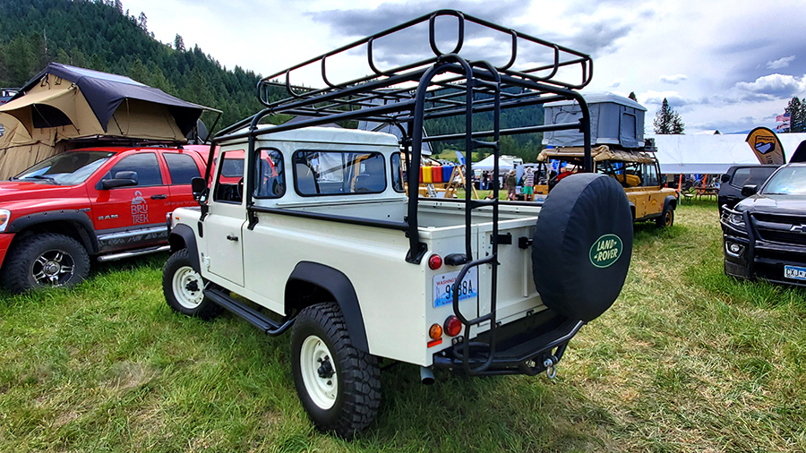 1989 d110 land rover truck rear tailgate