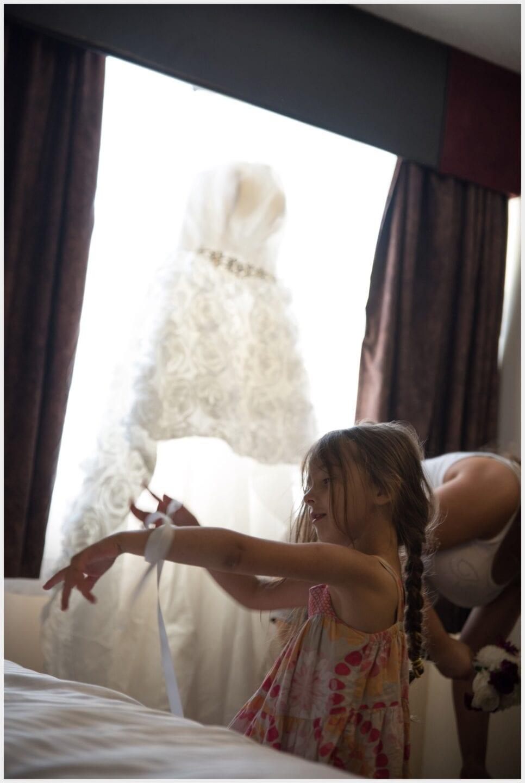 001-Calgary-Priddis Greens- Wedding_dress-jewel