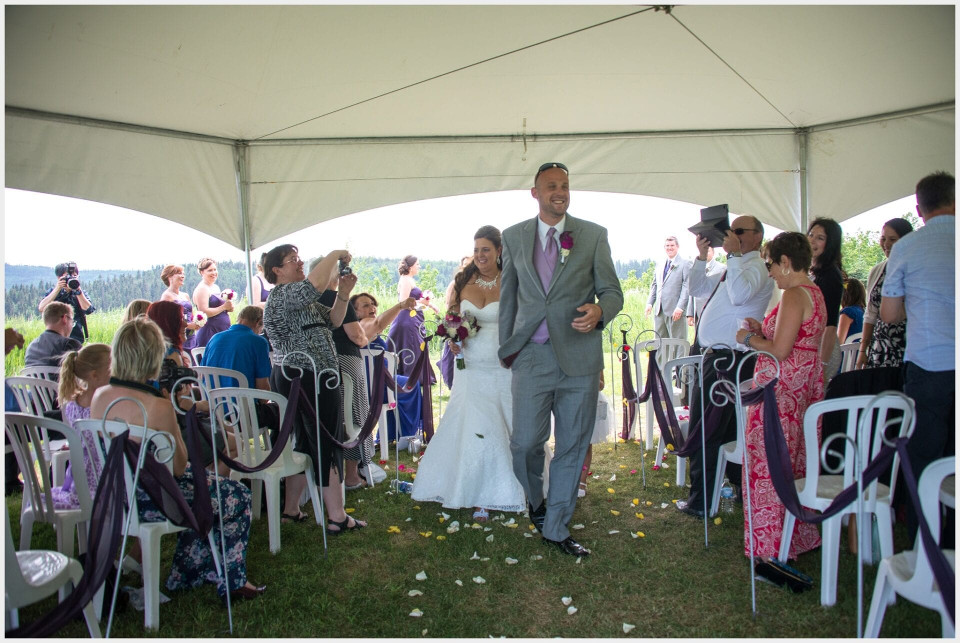 005-Calgary-Priddis Greens wedding-walk-down-the aisle_Photography-