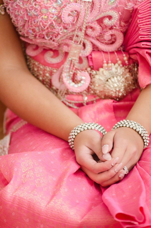 Cambodian Wedding Edmonton Calgary-Jewelery Close Up-
