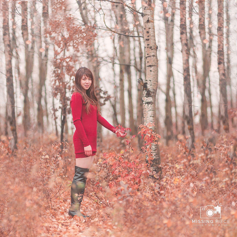 Edmonton-fall-couple-engagement-portrait-photographer-_0029