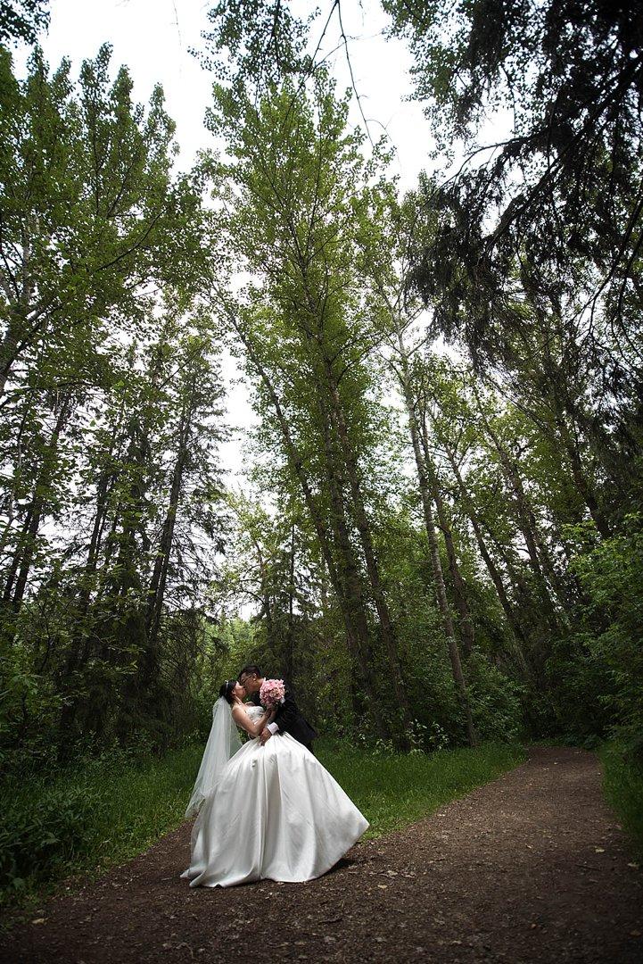 GT-White-mud-Park-Edmonton-wedding_0100