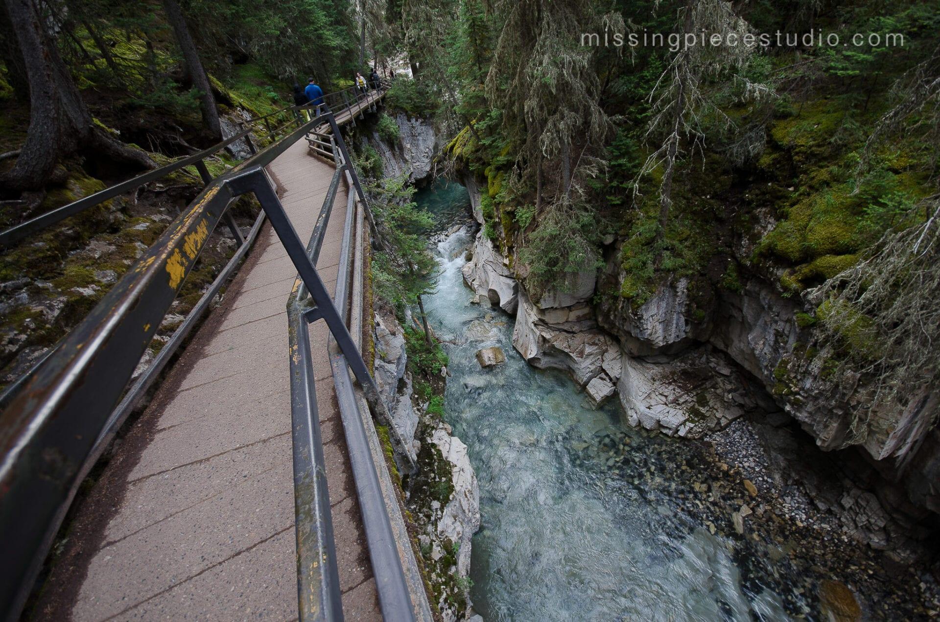 Johnston Canyon Creek-Banff Canada-Alberta009