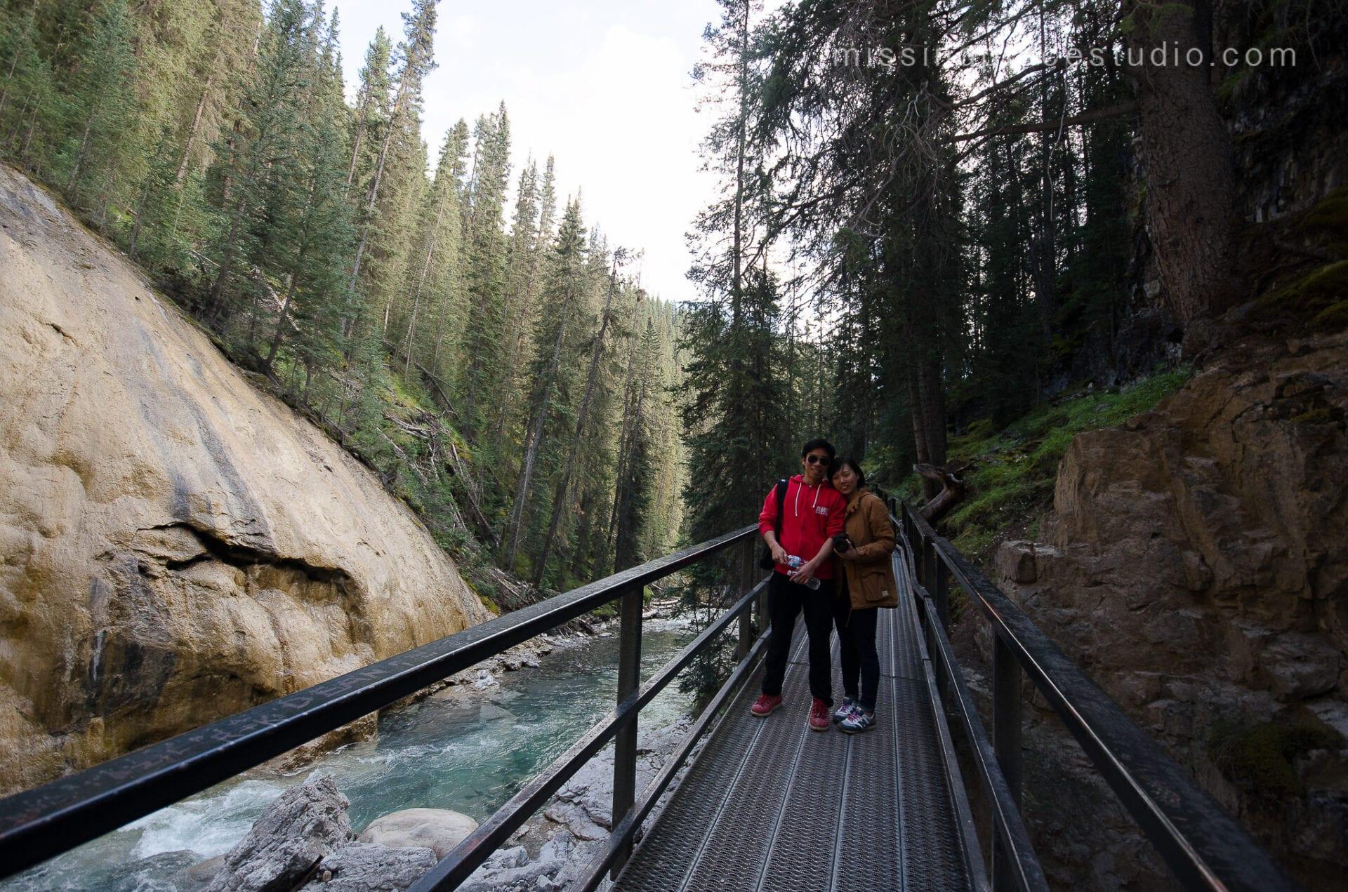 Johnston Canyon Creek-Banff Canada-Alberta086