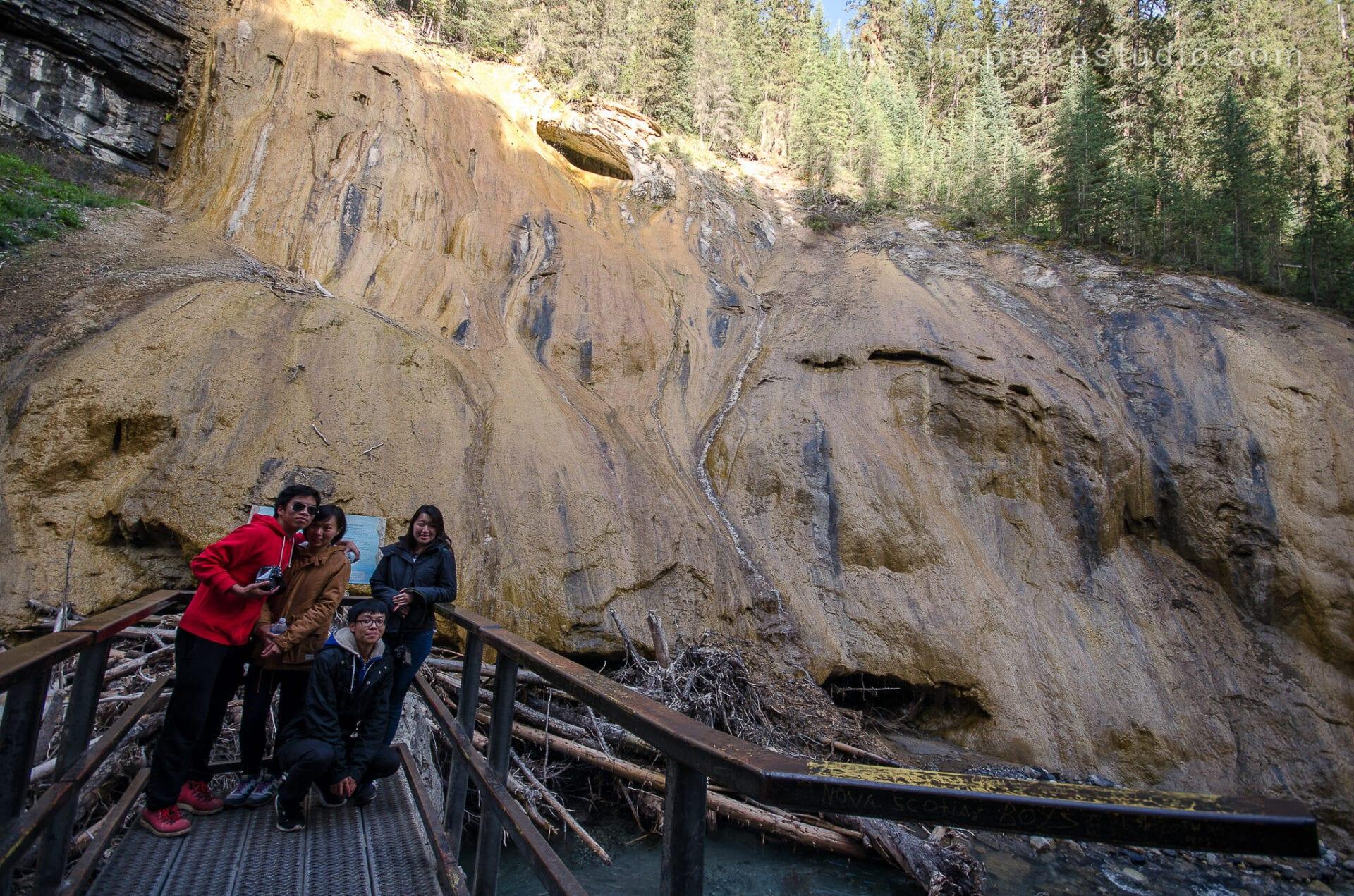 Johnston Canyon Creek-Banff Canada-Alberta098