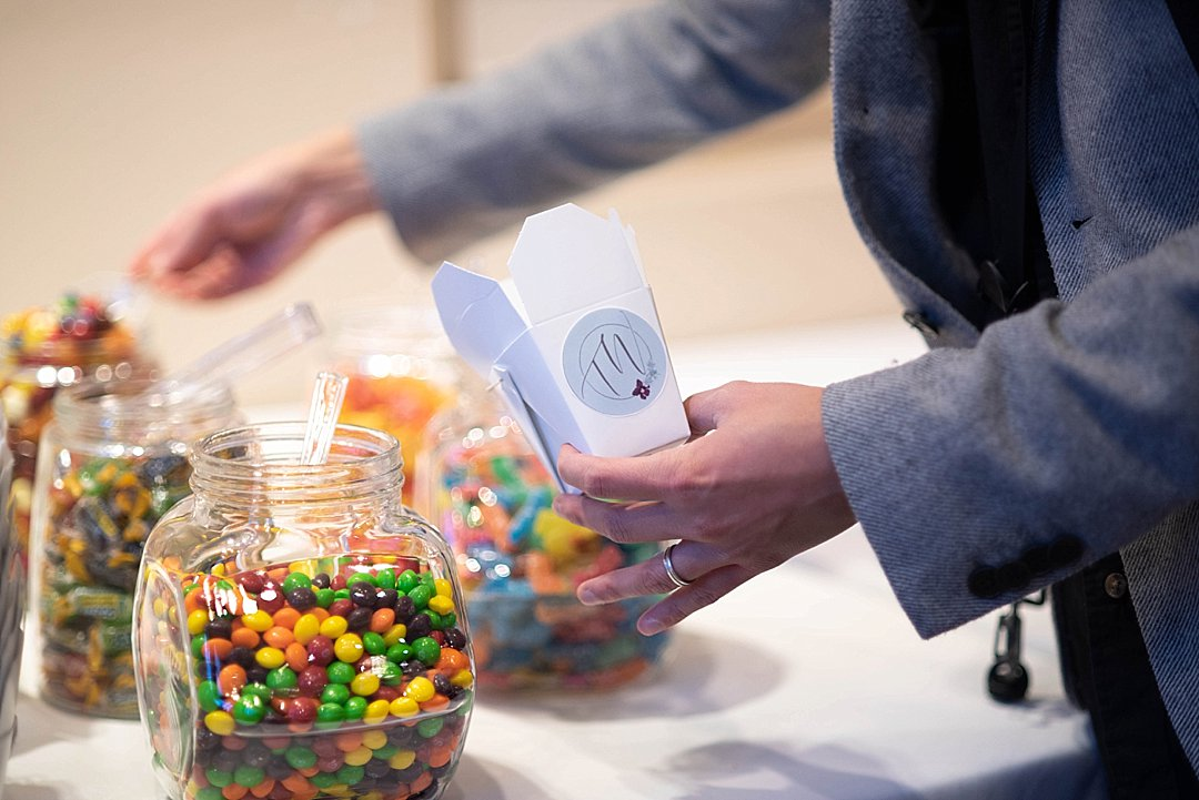 TW-Wedding-reception-favors-signin-sign-in_0029