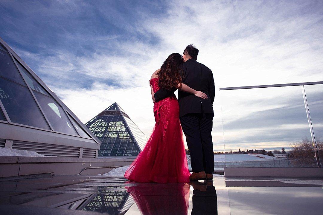 VJ-muttart-winter-engagement-pre-wedding-_0016
