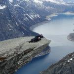 人生成就解鎖!令人又愛又恨的「挪威惡魔之舌」(冬季攻略:你不可不知的登山注意事項)