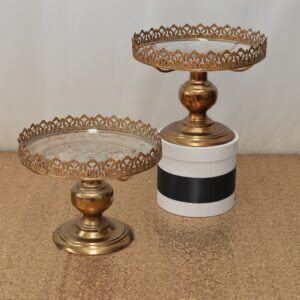 Gold Lace Edge Cake Stand