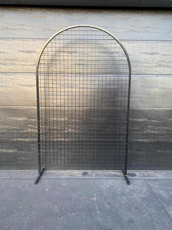 Black Curved Mesh Arch
