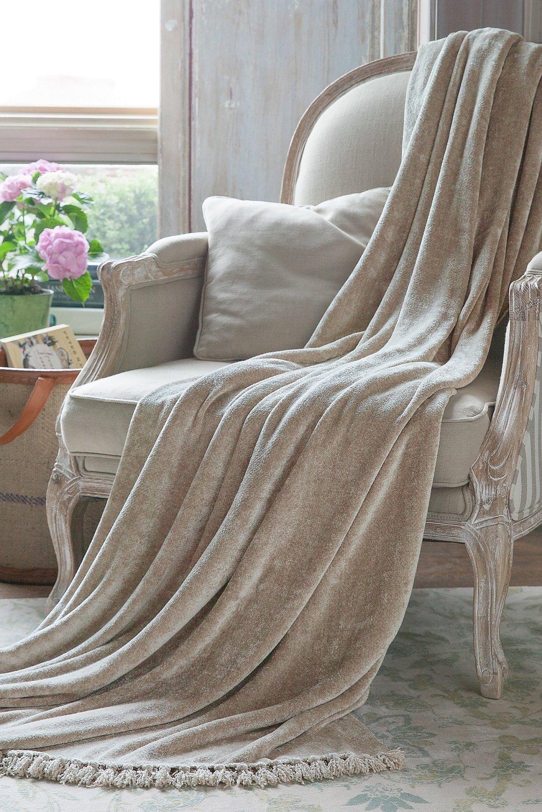 Sumptuous Chenille Blanket