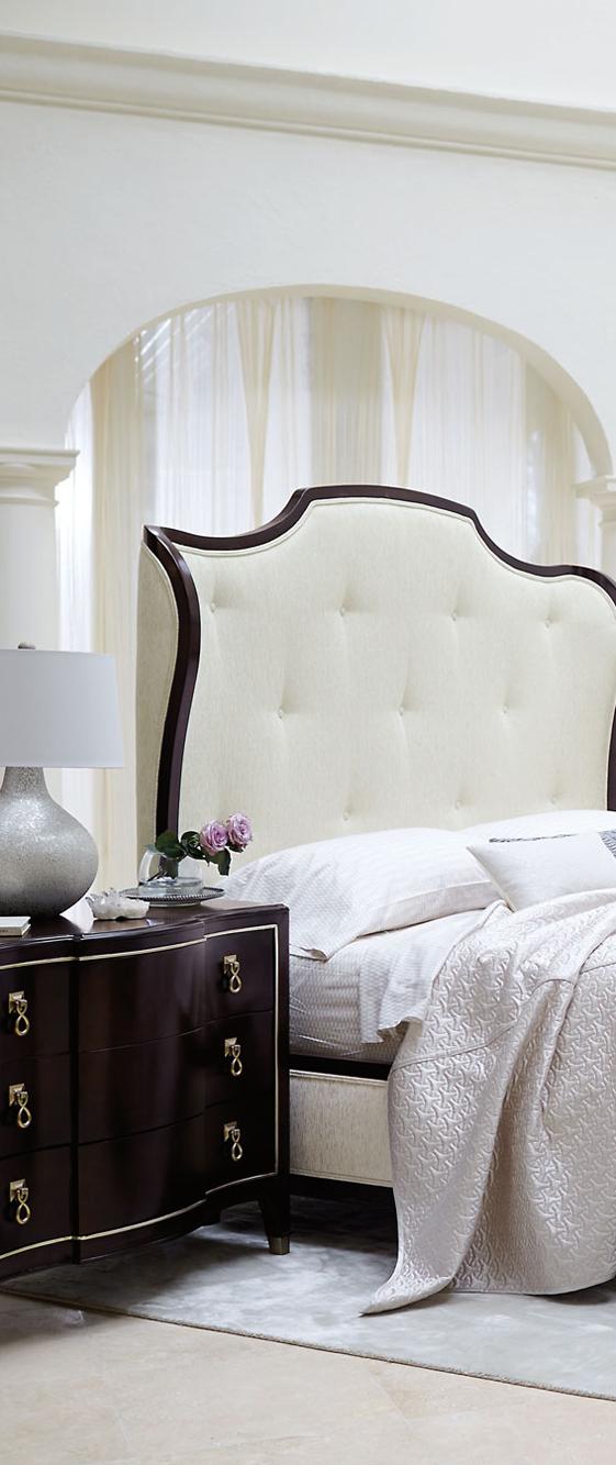 Glamorous & Regal Bedroom