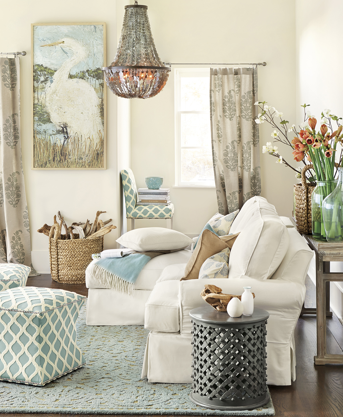Living Room 8 | Buyer Select