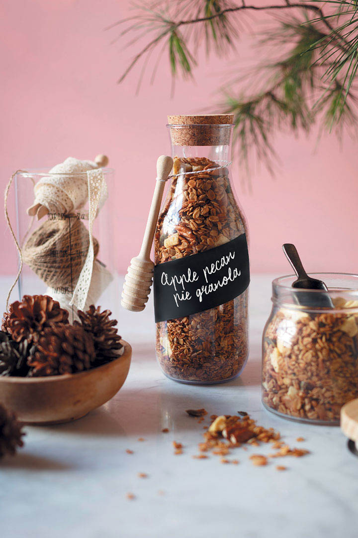 Apple Pecan Granola