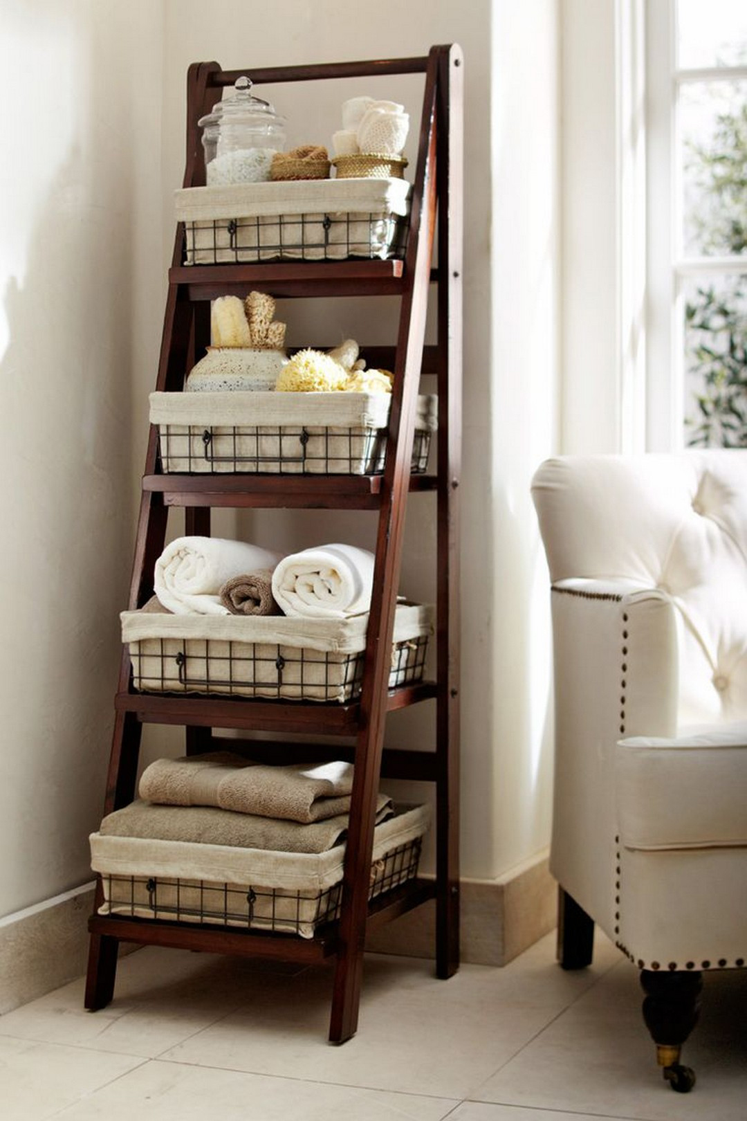 Bathroom Ladder Storage