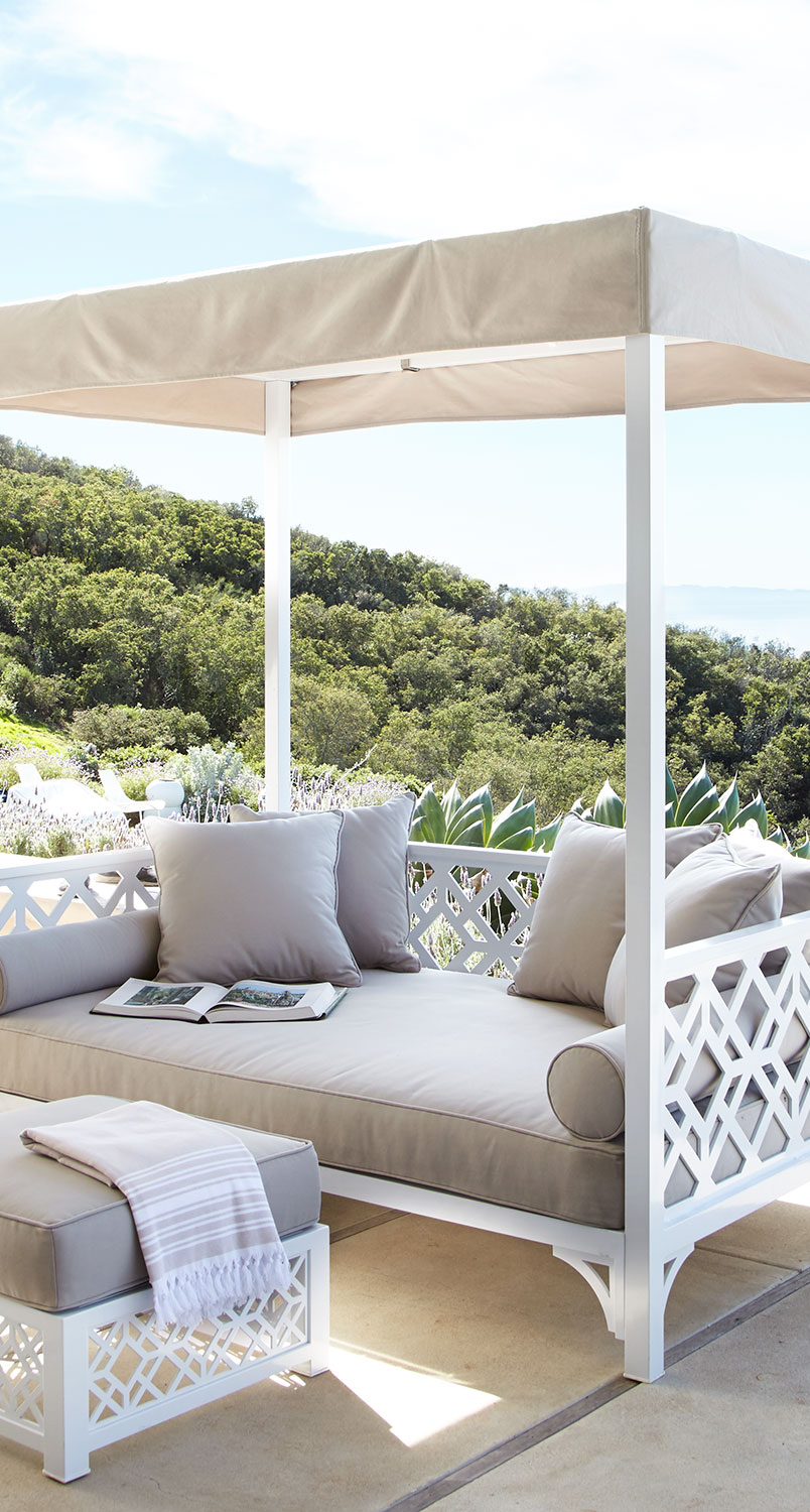 Outdoor Daybeds
