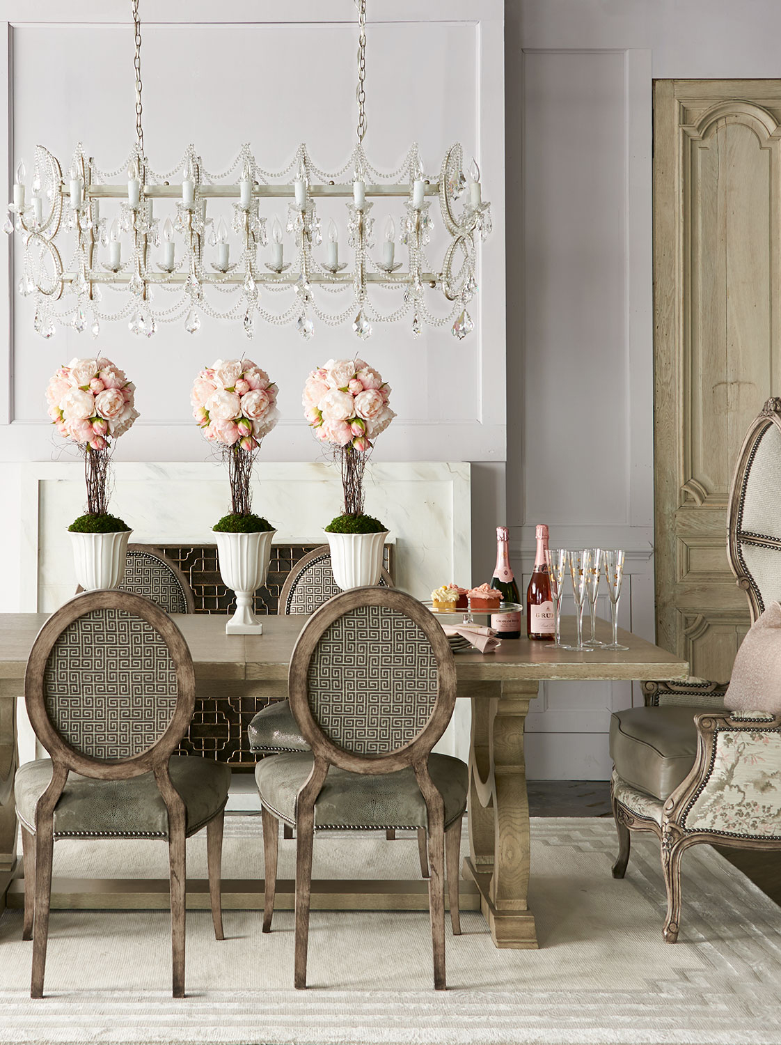 Glamorous Traditional Dining Room