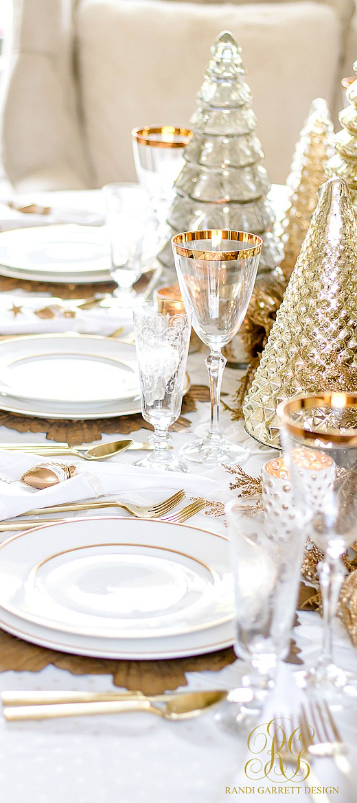 Randy Garett Gold & White Christmas Tablescape