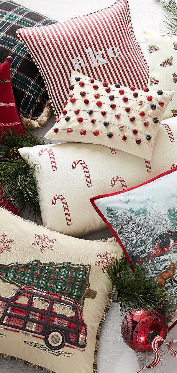 Nostalgic Christmas Pillows   Christmas Decorating Ideas