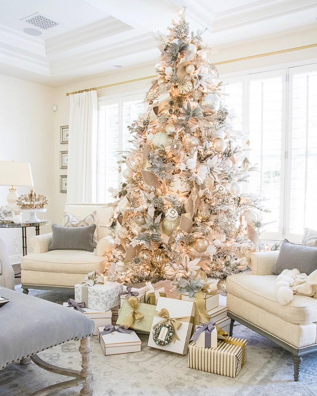 Christmas Tree Designed by Randi Garrett