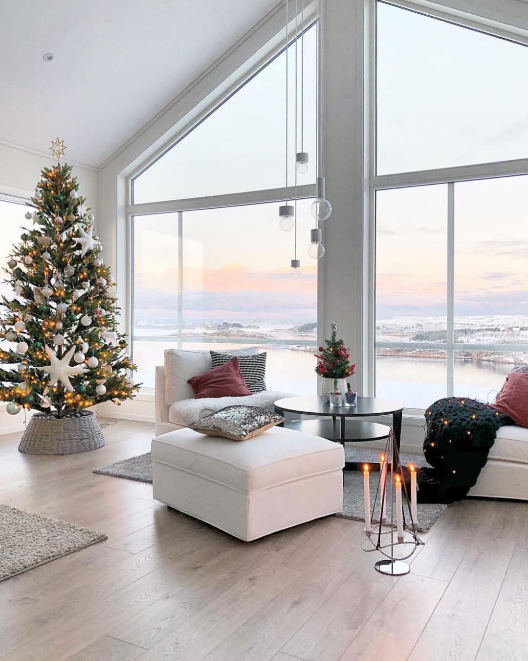 Coastal Christmas | Marit Folland
