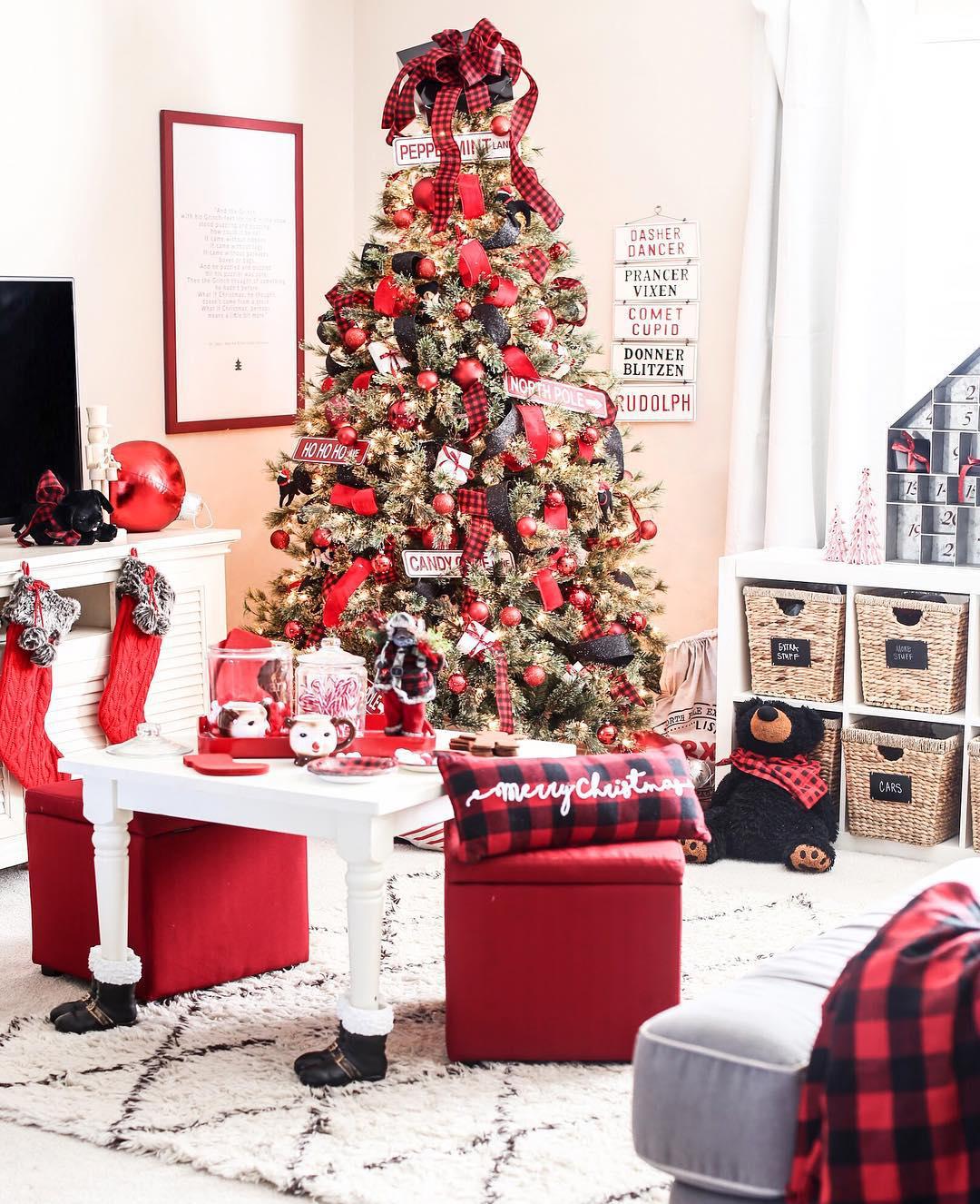Traditional Christmas Tree | Just Destiny Mag