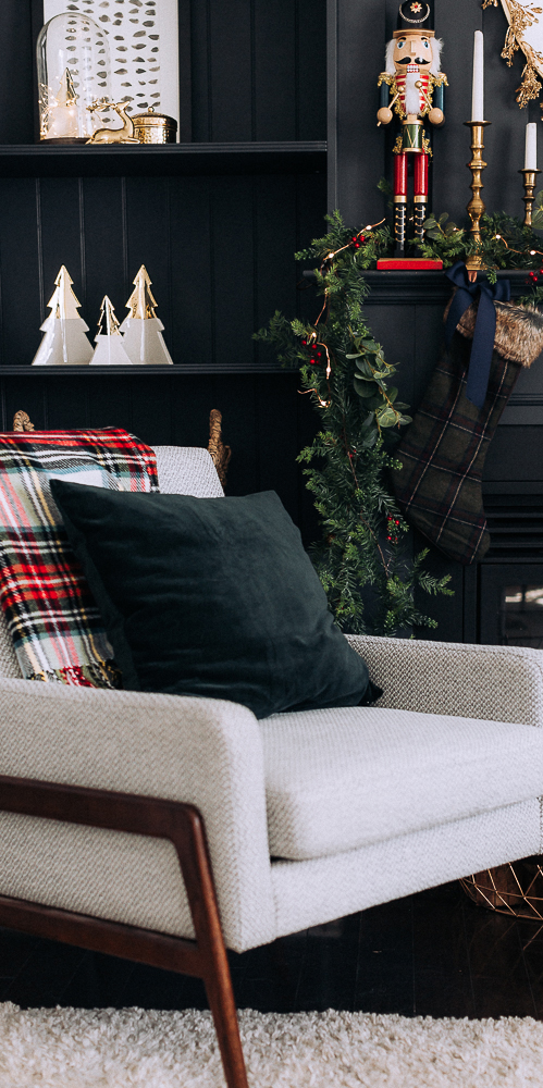 Stunning Red, Blue & Gold Christmas | Craftberry Bush Blog