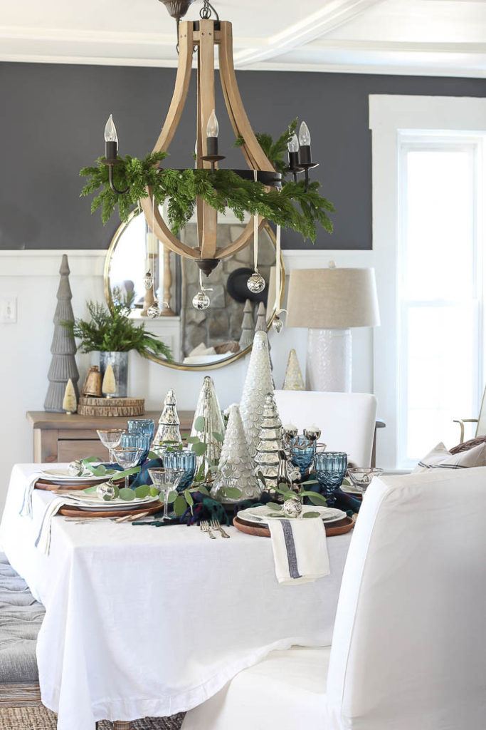 Blue & Green Christmas Table Setting   Rooms for Rent Blog