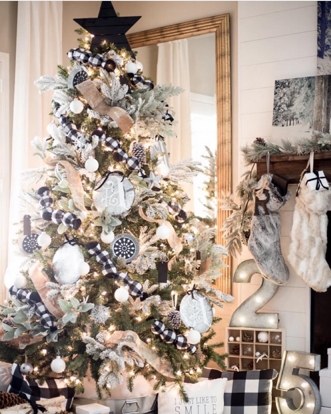 Buffalo Check Christmas Tree   Just Destiny Mag