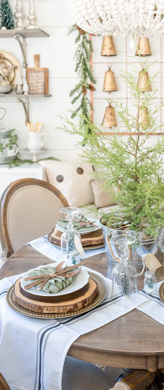 Farmhouse Christmas Table