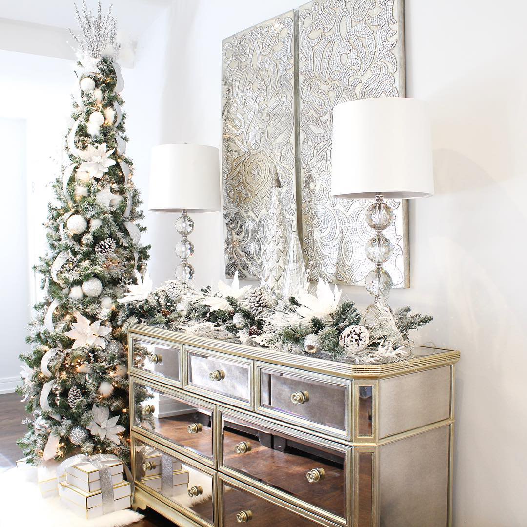 White Christmas Decorating Ideas | Holiday Home Tours