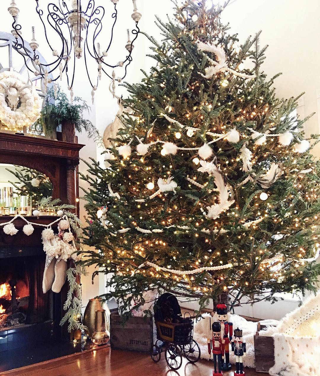 French Country Christmas Tree   Ivory Home Design